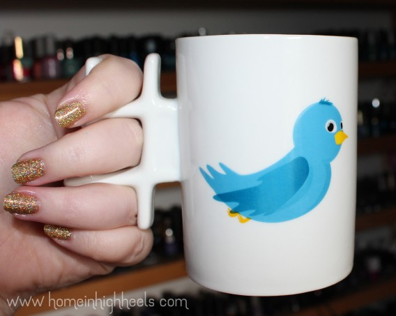 Thumbs Up Twitter #mug Cup- the perfect way to start your day when trying to keep your thoughts to 140 characters...yeah you need caffeine. & a hashtag mug obviously on Home in High Heels | www.homeinhighheels.com