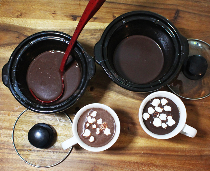 A simple recipe for the BEST slowcooker hot chocolate- a crockpot recipe perfect for a party! & a DIY tutorial for those cute over-the-mug cutout cookies too! I went with stars- but most shapes will work! Read more about lifestyle, food, & style on Home in High Heels