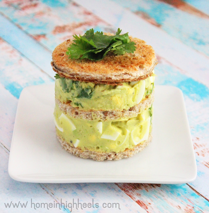 Looking for a high protein recipe? & upping your healthy fats? Since I'm not a mayo fan this recipe also doesn't include mayonaise...but that's preferance! Checkout my LCHF friendly Healthy Avocado Egg Salad Sandwich Recipe! See more recipes, lifestyle, & healthy ideas on Home in High Heels