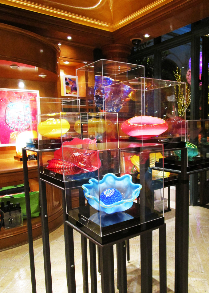 Bellagio Chihuly Gallery My top 5 reasons Las Vegas has become home + local spots to visit! Why Do You Like Living in Las Vegas So Much? on Home in High Heels