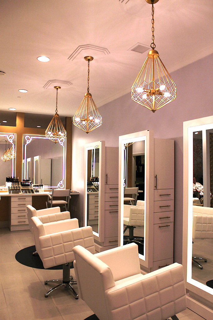 A gorgeous hair salon to add to your Vegas list!