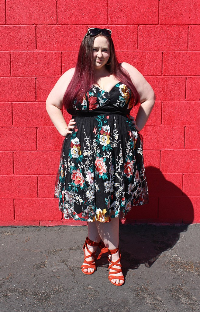 Styling the Most Beautiful Embroidered Sweetheart Floral Dress! Curvy / plus size dresses, accessories, & shoes on Home in High Heels